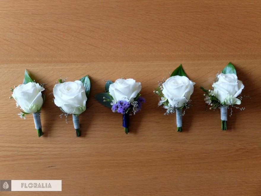 Dekoracje z hortensją w kolorze ciemnoniebieskim FLORALIA 04