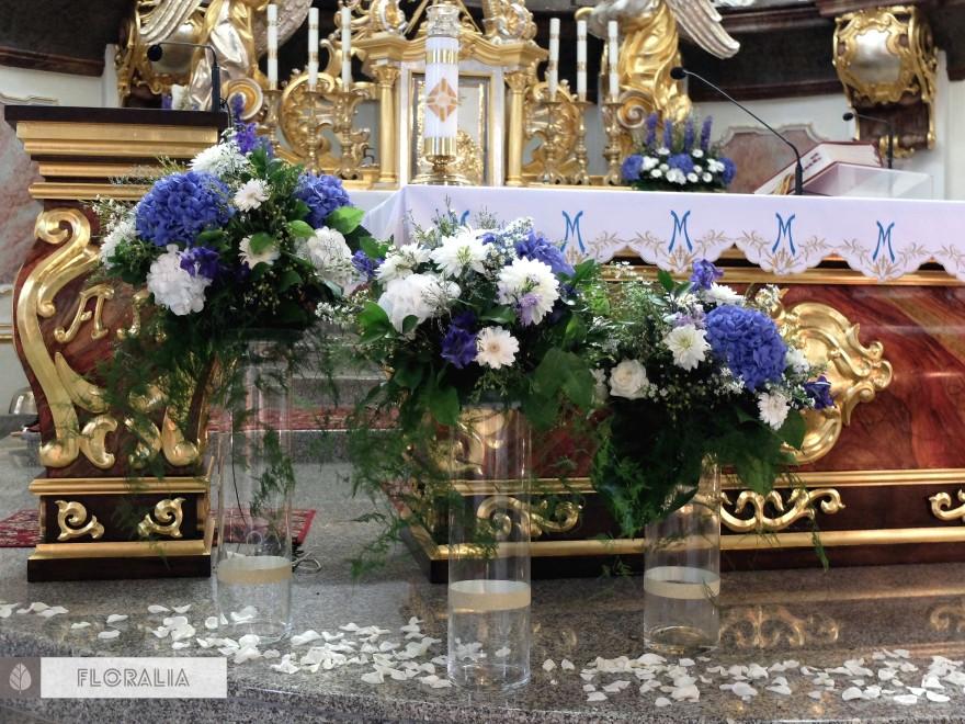 Dekoracje z hortensją w kolorze ciemnoniebieskim FLORALIA 10