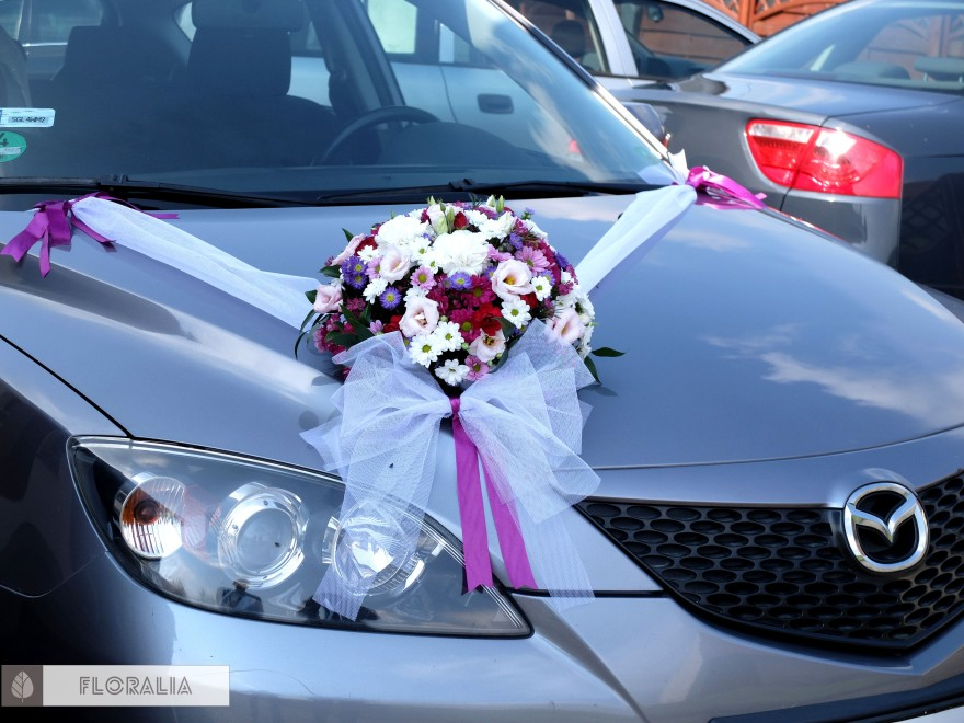 Wesele radiant orchid wianek_Dekoracja samochodu 3